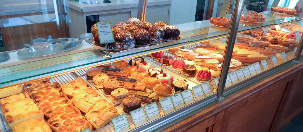 Pâtisseries, Le Bosphore... et la vue sur le Fournil, Boulangerie Degrolard, Taverny (95)