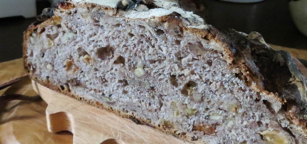 Mie du Pain noix-raisins, Au Vide Gousset - La Boulangerie (Paris 2è)