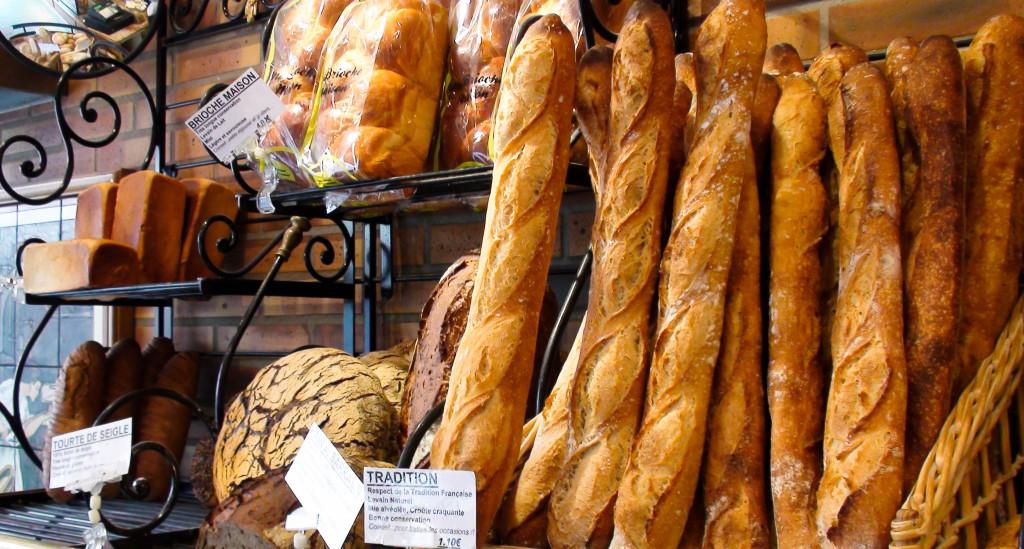 """La Baguette de Tradition ne manque pas d'allure, même si les amateurs apprécieront la tourte de Seigle ou le pain au Sarrasin. A noter aussi la """"Brioche Maison"""" et son sac de conservation, un produit gourmand et de grande qualité développé par les Moulins Foricher."""