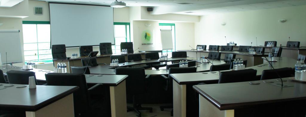 Signe de la puissance du groupe Dijon Céréales... La salle de réunion, très moderne, confortable et bien équipée.
