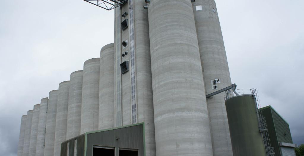 Un silo à grain, cela en impose !