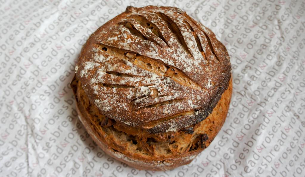 Pain Châtaigne-Noix, Bread & Roses