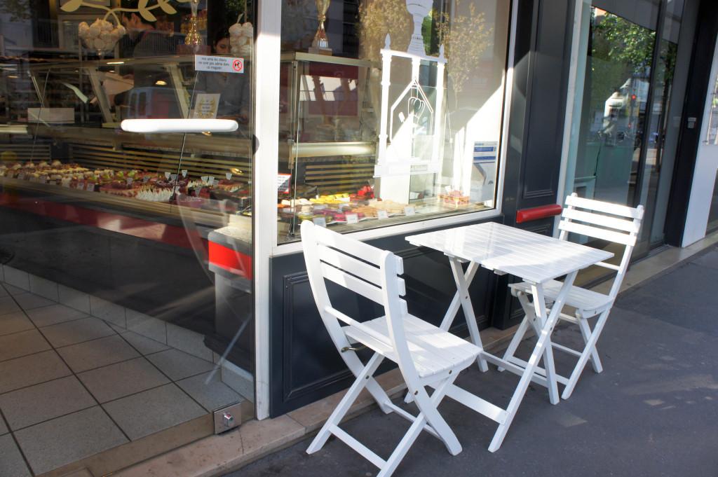 Les tables à l'extérieur, L'Artisan des Gourmands, Paris 15è
