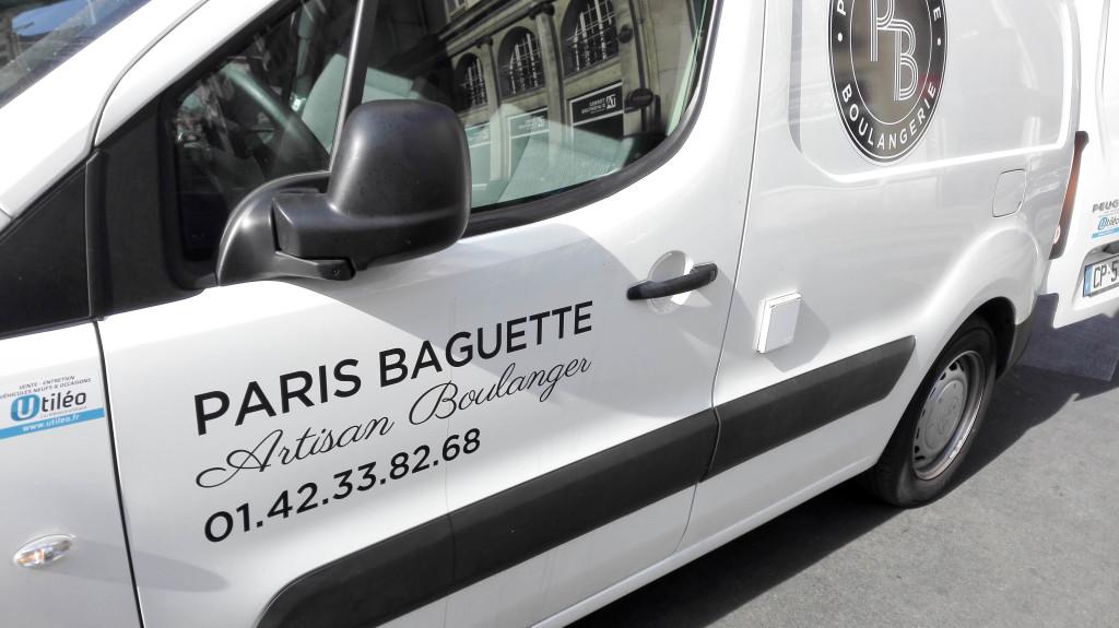Paris Baguette, artisan boulanger, la signature aurait de quoi faire sourire quand on connaît l'identité du groupe !