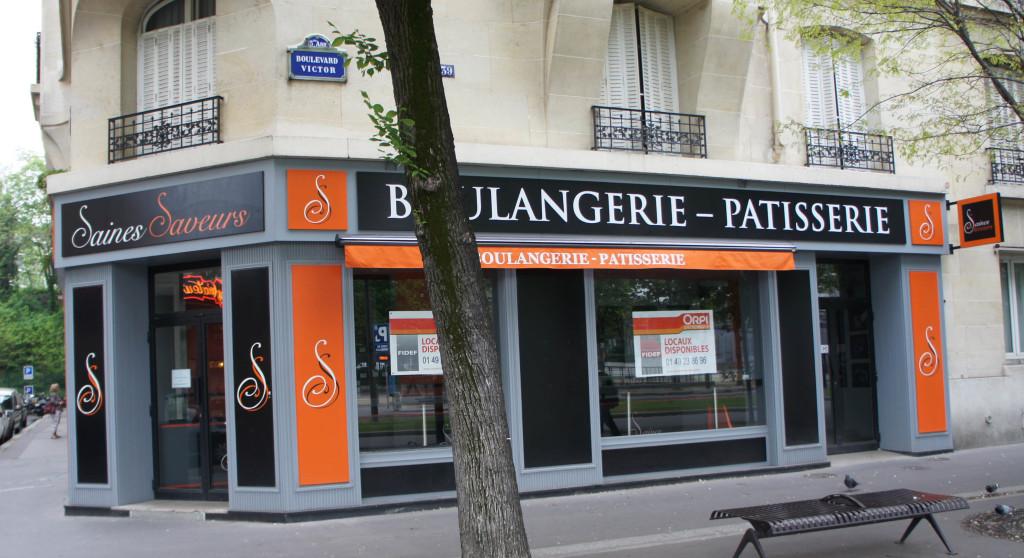 Sur le boulevard Victor, la boutique Saines Saveurs a fermé ses portes.