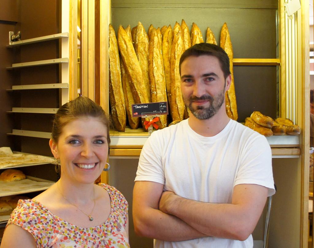 Emilie et Fabien dans leur boutique.