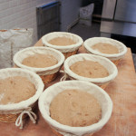 Des pains noix-cannelle  sur base de méteil, prêts à être enfournés.