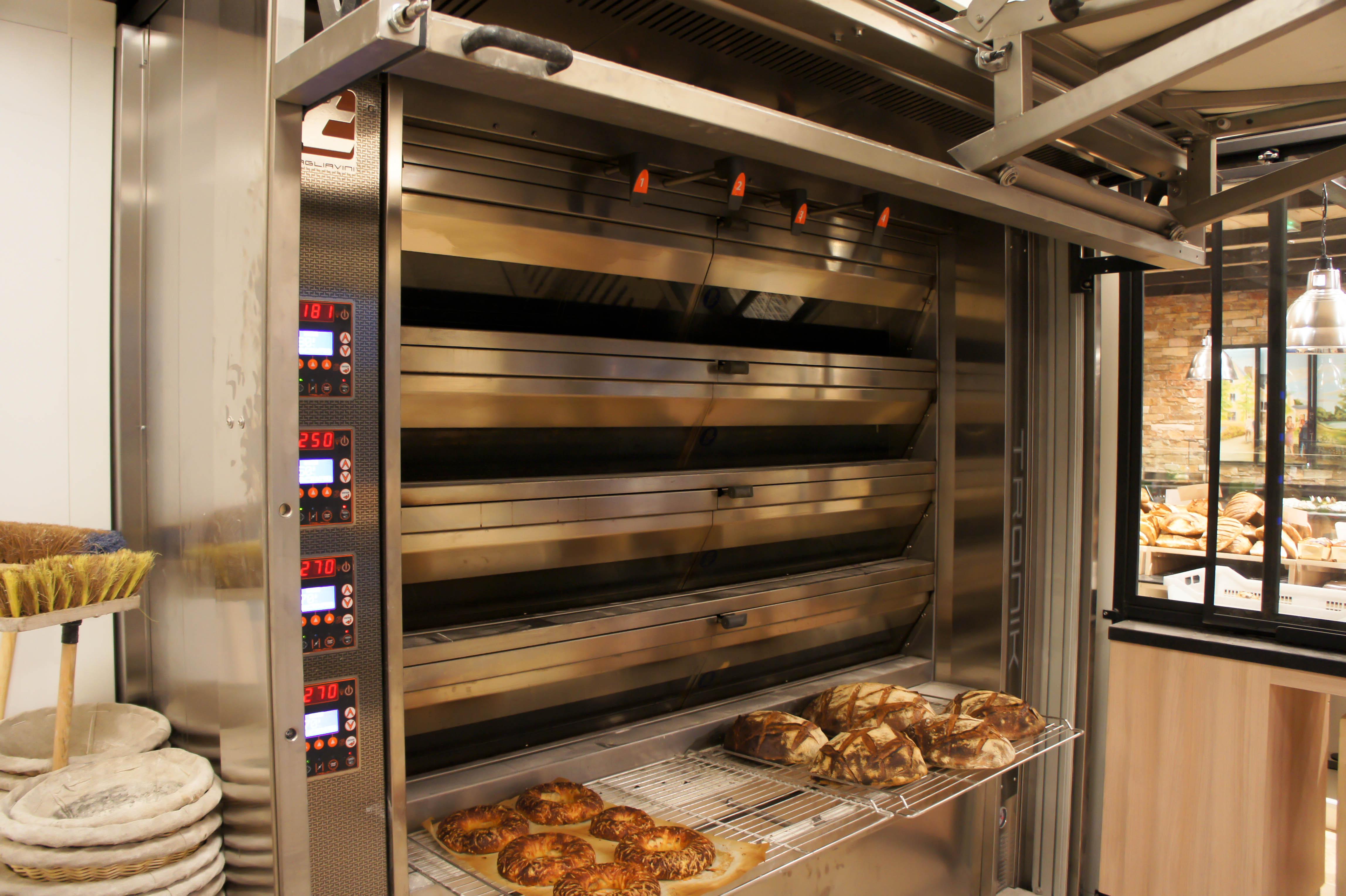 a saint cyr sur loire 37 hardouin boulanger entre dans une nouvelle ere de pain painrisien. Black Bedroom Furniture Sets. Home Design Ideas