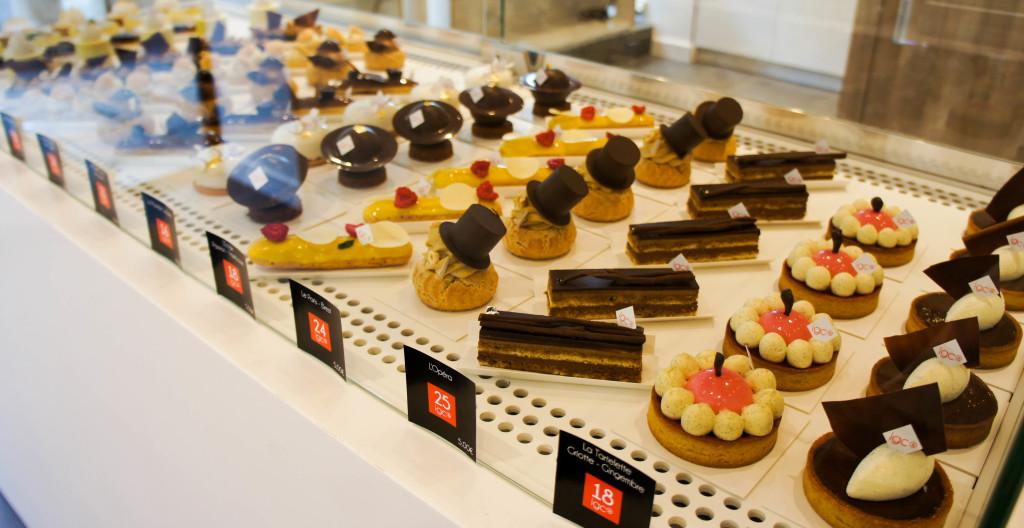 """Sur chacune des étiquettes, le client est informé de l'Index Glycémique du gâteau. L'IG maximal est ici de 25, ce qui place ces pâtisseries dans la fourchette des IG """"faibles"""", à l'inverse de celles proposées dans les boutiques traditionnelles qui ont tendance à être hyperglycémiantes."""