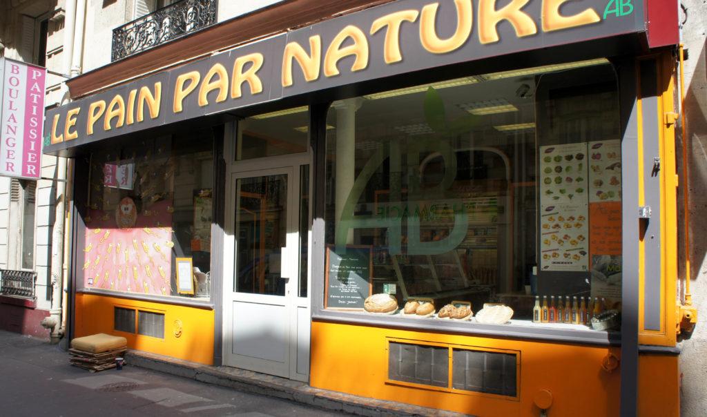 La boutique était bercée pour sa réouverture par le soleil de cette belle journée de printemps.