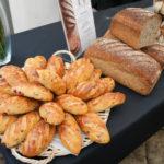 Le P'tit nouveau, un pain moelleux à base de farine T45 CRC, sans sel, sans sucre, sans matière grasse ajoutée, au lait, zestes d'agrumes et cranberries.