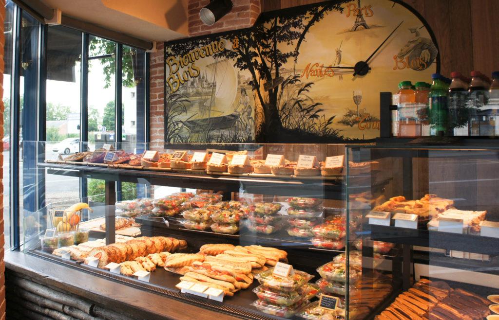 La gamme snacking est particulièrement étendue... mais mon regard se porte plutôt sur le décor.