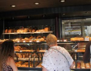 Intérieur, La boulangerie du couple Thomas