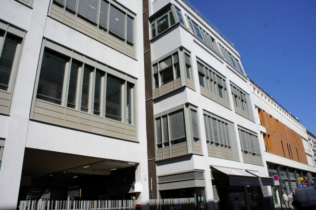 L'ilot Bréguet, fraichement rénové. Il abrite des bureaux, et notamment le groupe Publicis.