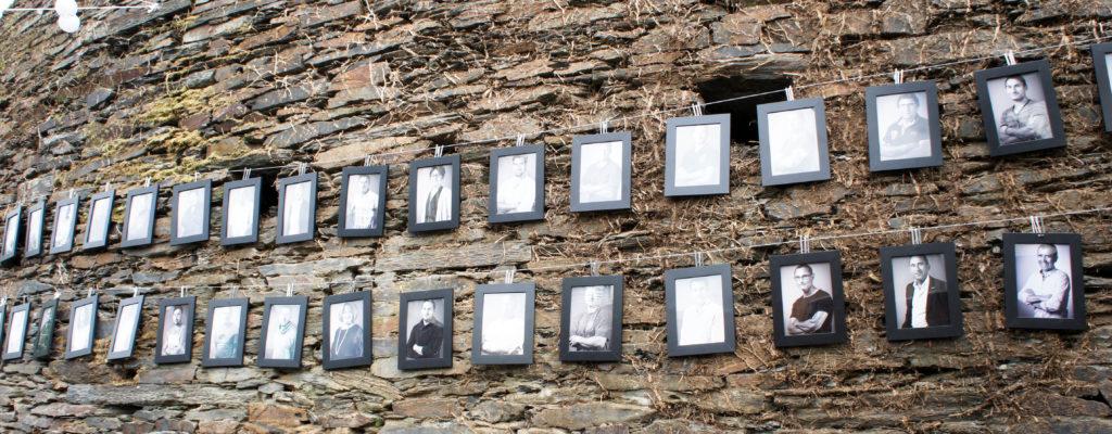 De la farine... et des hommes ! Pour le rappeler, des photos des collaborateurs de l'entreprise avaient été disposé sur un large mur à l'occasion des Artisanales.