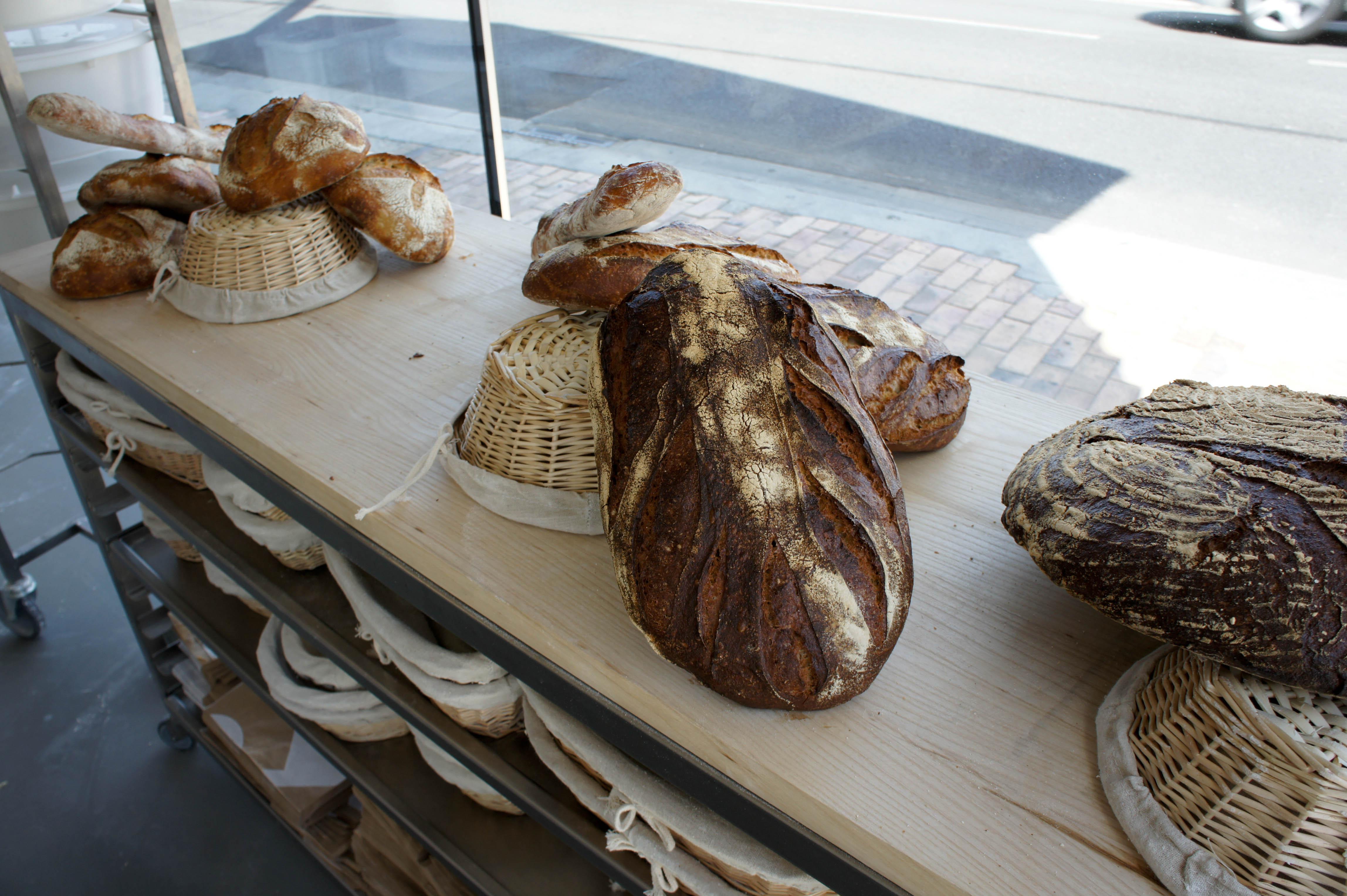 Le Jeune Boulanger Voulait Retrouver Ses Terres La Rgion Bordelaise Pour Exprimer Sa Vision Du Mtier Les Meilleurs Produits Se Fabriquent Avec Une