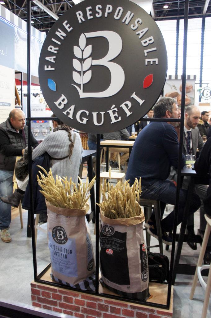 36b3beb0941 La nouvelle identité Baguépi met l accent sur le positionnement   responsable  de la marque. L idée est bonne et complètement dans l air du  temps